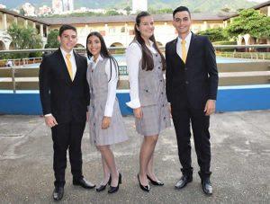 Colegio de la Presentación uniforme